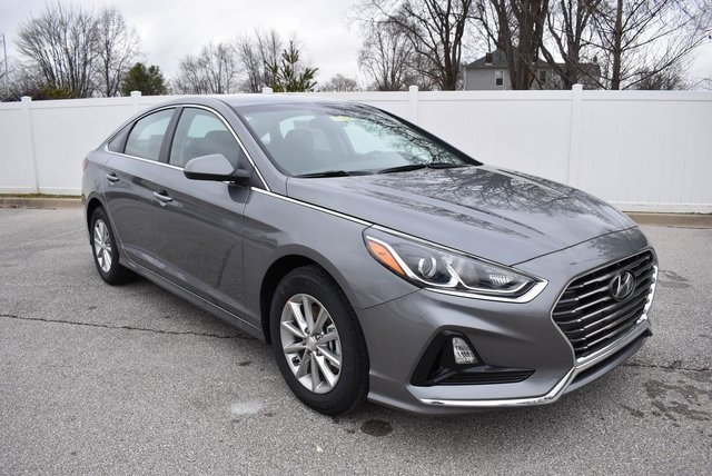 Hyundai Of Louisville >> New 2019 Hyundai Sonata Se 4d Sedan In Louisville 8h19236 Hyundai