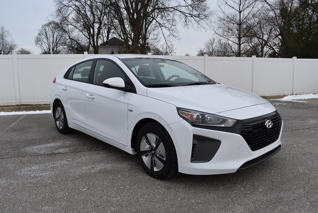 New 2019 Hyundai Ioniq Hybrid Blue 4d Hatchback In Louisville