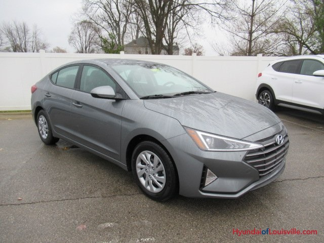Hyundai Of Louisville >> New 2019 Hyundai Elantra Se 4d Sedan In Louisville 8h19192